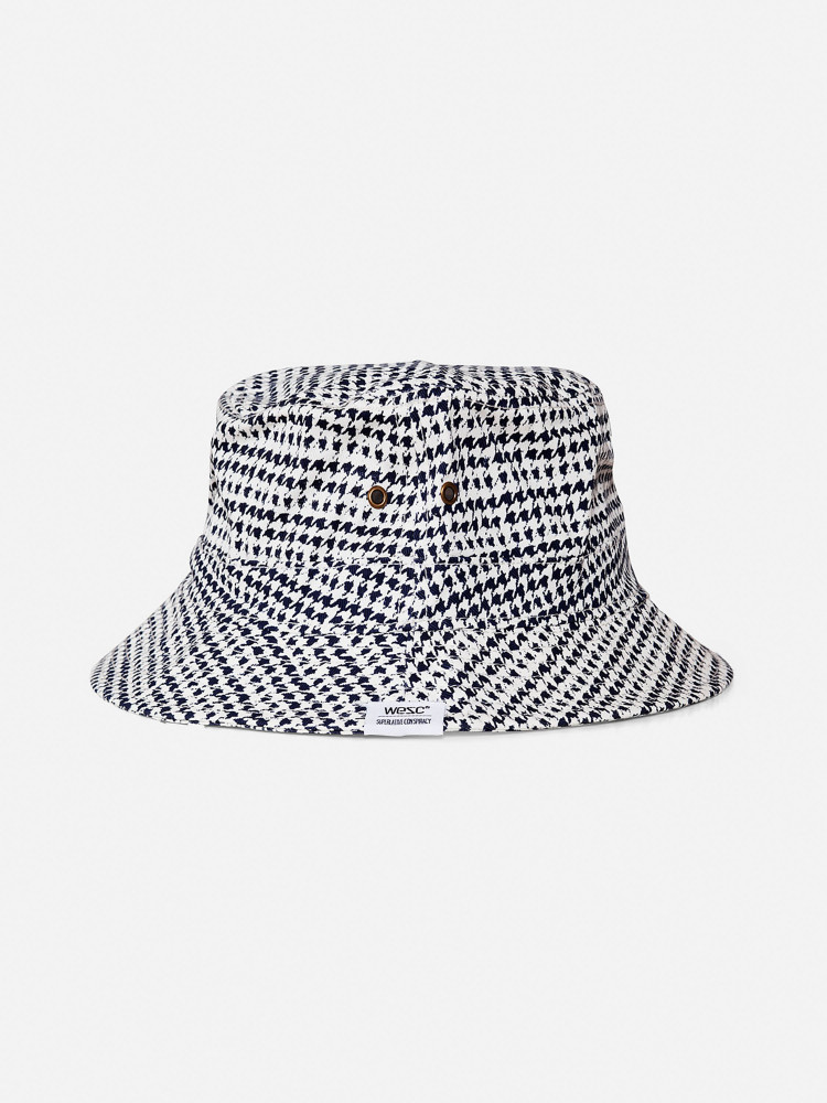 Dogtooth bucket